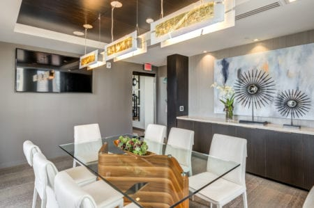 thayer and spring resident meeting dining room in silver spring apartments