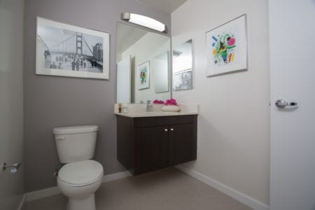 mosso apartment bathroom in soma san francisco