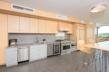 mosso apartment indoor amenities solarium kitchen soma