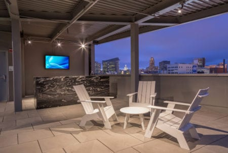 mosso luxury rooftop bar lounge amenities soma rentals
